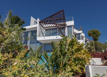 Thumbnail 4 bed villa for sale in Spain, Málaga, Marbella, Sierra Blanca