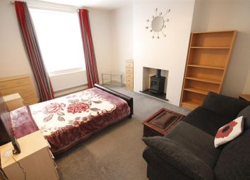 Room to rent in High Street South, Langley Moor, Durham DH7