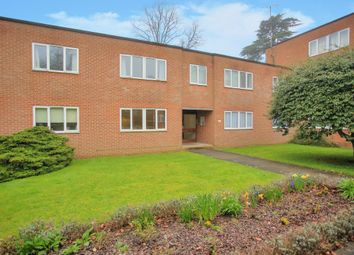 Thumbnail 2 bed flat to rent in Hillside Road, St Albans, Herts