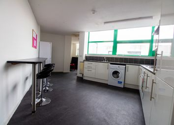 5 bed flat to rent in London Road, Liverpool L3