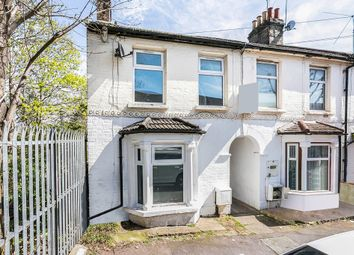 Thumbnail 5 bed end terrace house to rent in Gloucester Road, London