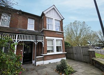Thumbnail 2 bedroom flat to rent in Grantham Road, Chiswick
