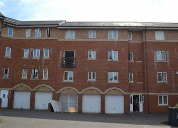 Thumbnail 2 bed flat to rent in Saltash Road, Swindon