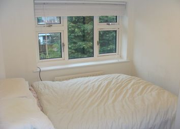 3 bed shared accommodation to rent in Roche Avenue, York YO31