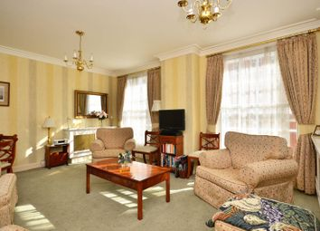 Thumbnail 2 bedroom flat for sale in Park Street, Mayfair