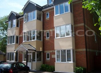 Thumbnail 1 bed flat to rent in Regents Park Road, Southampton