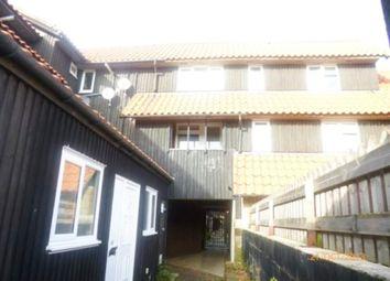 Malyons, Basildon, Essex SS13. 2 bed flat