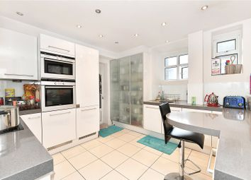 3 bed flat to rent in Maitland Court, Lancaster Terrace, Hyde Park, London W2