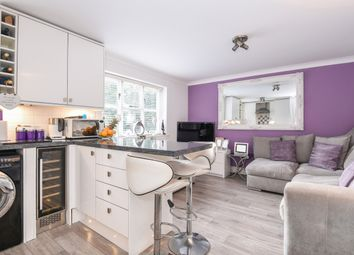 Thumbnail 2 bedroom flat for sale in Cheam Road, Ewell, Epsom