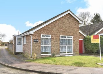 Thumbnail 3 bedroom detached bungalow to rent in Hereford Way, Banbury
