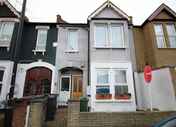 Thumbnail Maisonette to rent in Victoria Road, London