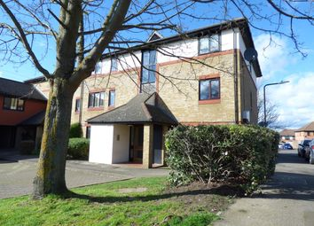 Thumbnail Studio to rent in Louvain Road, Greenhithe
