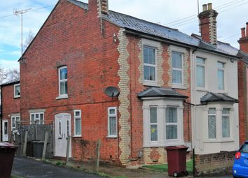 Thumbnail 1 bed flat to rent in Beecham Road, Reading
