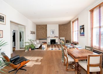 Thumbnail 2 bed flat for sale in Foscote Mews, London