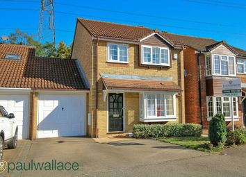 3 bed link-detached house for sale in Mortimer Gate, Thomas Rochford Way, Cheshunt, Waltham Cross EN8