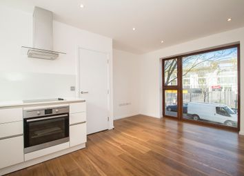 Thumbnail 1 bed flat to rent in Prebend Street, London