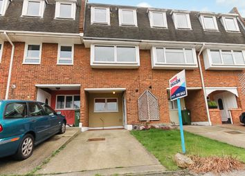 Thumbnail 3 bed town house for sale in Silver Way, Wickford