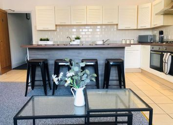 Thumbnail 1 bed property to rent in Osborne Road (Room &, Southsea, Hampshire