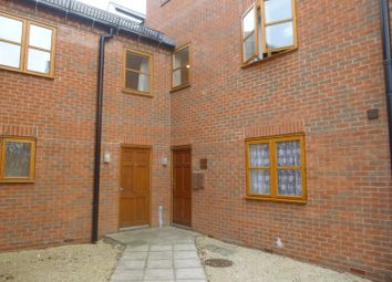 2 bed flat to rent in Carlisle Mews, Gainsborough DN21