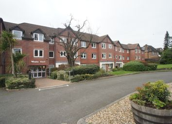 2 bed flat for sale in Farnham Close, Whetstone N20
