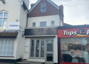 High Street, Leatherhead KT22. Pub/bar for sale