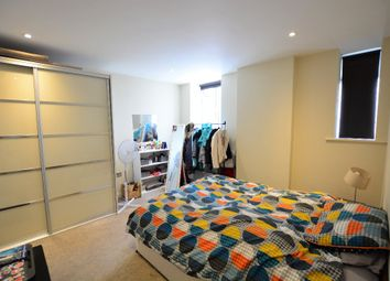 Thumbnail 1 bed flat to rent in Western Road, City Centre, Brighton