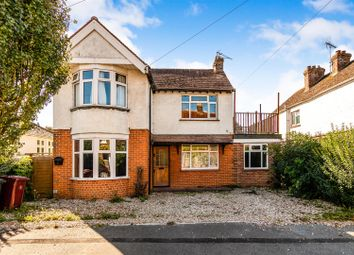 Thumbnail 2 bed flat for sale in Kings Avenue, Chichester