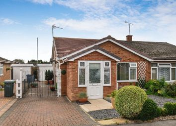 1 bed semi-detached bungalow for sale in Maud Close, Bicester OX26