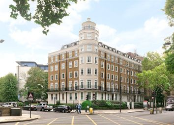 Fitzclarence House, 175-177 Holland Park Avenue, London W11. 2 bed flat