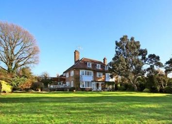 6 bed detached house to rent in Watford Road, Radlett WD7