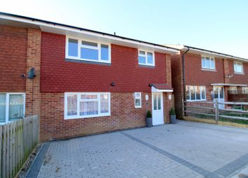 Thumbnail 2 bedroom flat to rent in Hythe Crescent, Seaford