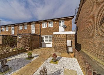 Martingale Close, Sunbury-On-Thames TW16. 3 bed property for sale