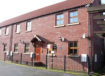 Thumbnail 2 bed property to rent in Finkle Street, Cottingham