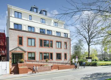 Thumbnail 1 bed flat to rent in South Street, Epsom