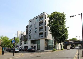 Thumbnail 2 bedroom flat for sale in Triangle Road, London
