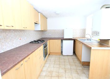 Thumbnail 1 bed flat to rent in Warleigh Road, Brighton