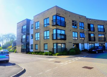 Thumbnail 2 bed flat for sale in 5 Southfields Green, Gravesend