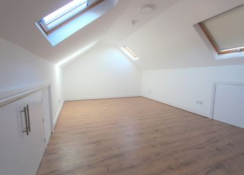 Thumbnail Studio to rent in Stoneleigh Close, Waltham Cross