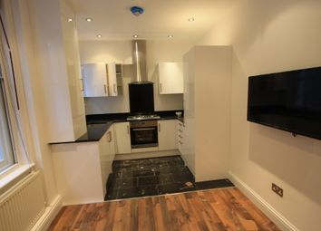 Thumbnail 4 bed flat to rent in Cavendish Parade, Clapham South