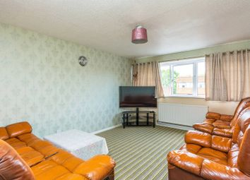 Thumbnail 3 bedroom flat for sale in Cheyne Path, Hanwell