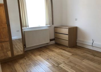 Thumbnail 1 bed flat to rent in Wellington Rd, Enfield
