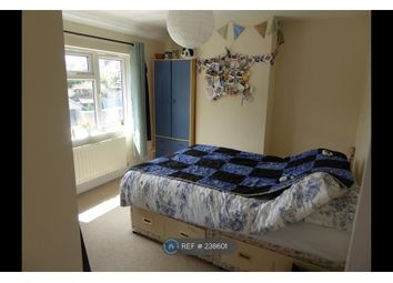 Thumbnail 2 bed flat to rent in Selborne Road, Bristol