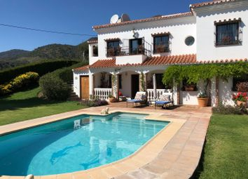 Thumbnail 4 bed property for sale in Spain, Andalucia, Casares, Ww974A