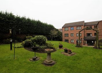 Sandon Road, Smethwick, West Midlands B66. 2 bed flat for sale