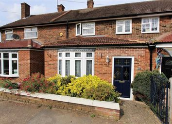 Thumbnail 3 bed terraced house for sale in Rochford Green, Loughton