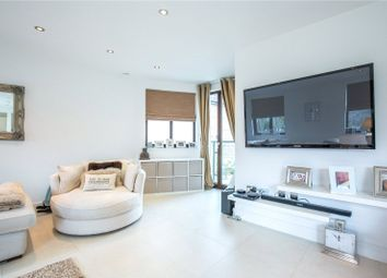 Thumbnail 2 bed detached house to rent in Aylmer Road, East Finchley, London