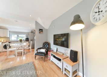 Thumbnail 3 bedroom maisonette for sale in Brighton Road, Hooley, Coulsdon