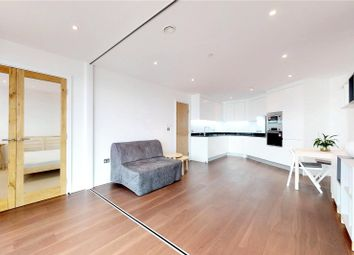 Thumbnail 1 bed flat to rent in Gateway Tower, London