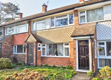 Thumbnail 3 bedroom terraced house to rent in Castleton Court, Marlow
