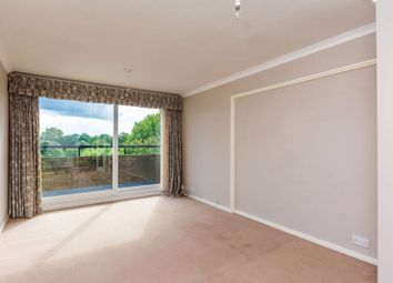 Thumbnail 4 bed flat to rent in Brentford Dock, Brentford